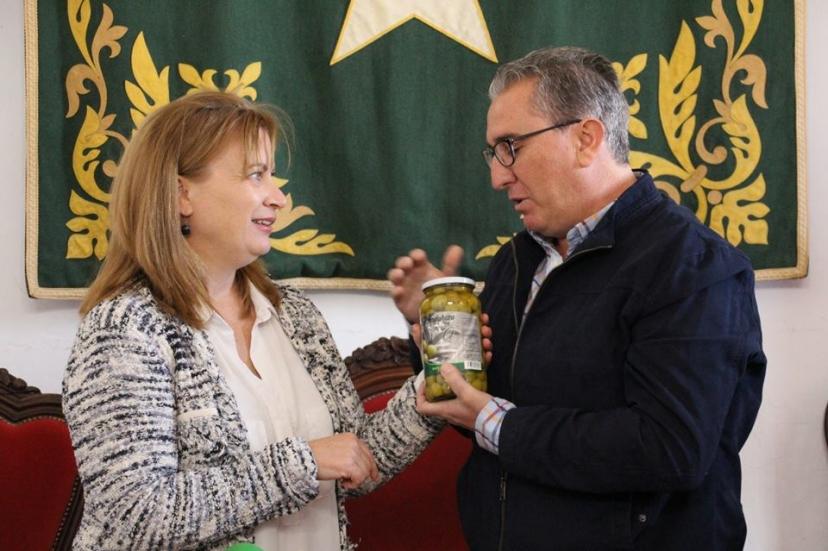 Lora del Río: La aceituna de verdeo, lo primero