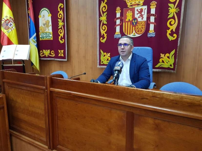 El alcalde de Los Palacios y Villafranca convocará una mesa de diálogo con los agentes socioeconómicos