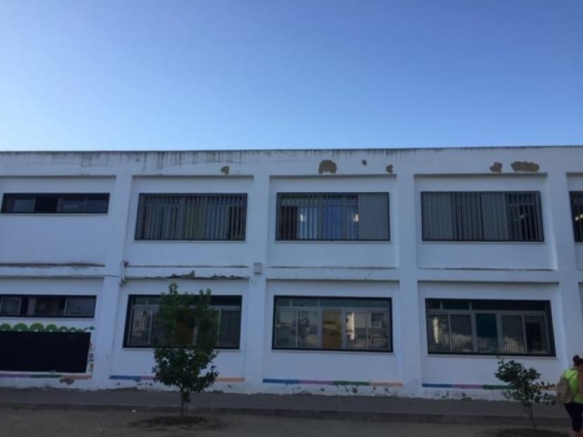 IU Sevilla denuncia las numerosas deficiencias con que se ha abierto el curso escolar en los centros de la provincia