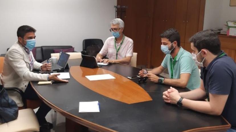 Las Cabezas: IU llevará al Parlamento los problemas del centro de salud de la localidad