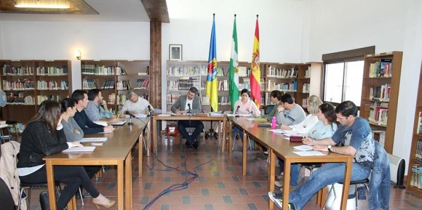 Fuentes de Andalucía: Tasa a las empresas eléctricas, de gas e hidrocarburos por el uso de suelo público